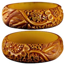 Mid 20th Century Deeply Hand Carved Genuine Bakelite Bangle Bracelet Flowers and Leaves