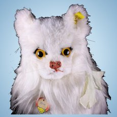 Life-Size Steiff White Persian Cat Diva All ID