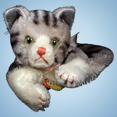 Steiff Tabby Cat Kitten Hand Puppet Glass Eyes ID