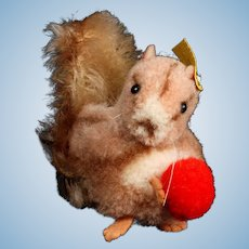 Rare Earliest Model Steiff Wool Miniature Pom Pom Squirrel with Nut Gorgeous Coloring All ID