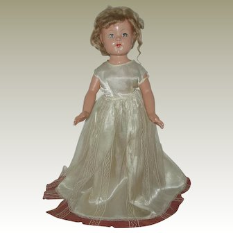 "21"" Composition Effanbee Anne Shirley Doll Circa 1936-1940"