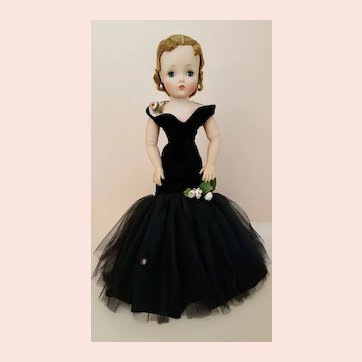 Madame Alexander Cissy - Tagged Black Torso Gown 1956 - High Color Face