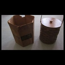 1940's Shelton  Round Refrigerated Splint Basket, Original Box