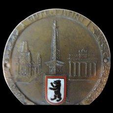 Berlin Enameled Brass, Gute Fahrt Automotive Badge