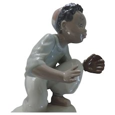 "Lladro Black  Legacy Figurine, ""I've Got It"", Baseball, #5827, Original Box"