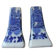 """Blue Willow Salt and Pepper Shakers, 3 1/4"""", Made In Japan"""