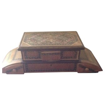 Excellent Sorrento Italy Inlaid (Marquetry) Wooden Musical Jewelry Box
