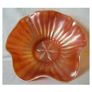 Peach Opalescent Carnival Bowl – Stippled Flower – Dugan
