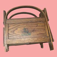 Primitive accordion folding baby doll bed