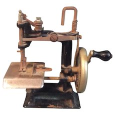 Antique Cast Iron Little Comfort Child's Sewing Machine