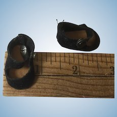 Tiny Black Pair Of Cloth Madame Alexander Doll Shoes