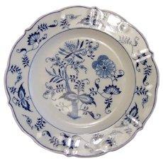 8 Blue Danube Dinner Plates