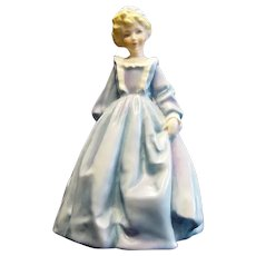 Vintage Royal Worcester Figurine Grandmothers Dress Retired