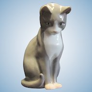 Vintage Bing & Grondahl B&G Gray & White Cat Figurine