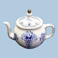 Buffalo Pottery Argyle China Teapot, With Attached Metal Tea Strainer