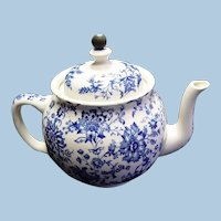 """Buffalo Pottery """"Chrysanthemum Blue"""" Teapot, With Attached Metal Tea Strainer"""