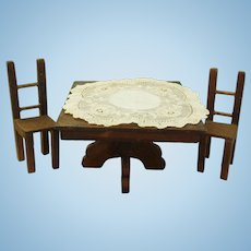 Late 19-th century Dollhouse Mission Mahogany Dinner table & chairs