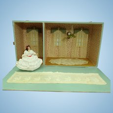 Adorable old dollhouse room box