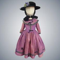 Adorable Little Girls Purple taffeta Dress & Hat