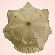 Gorgeous French Parasol in Excellent Condition c. 1900's French fashion dolls