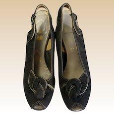 Stunning Vintage 1940's Airstep Black Suede Bow Front Peep Toe Sling backs Pumps