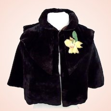 Iconic Victorian Fine Brown velvet fully lined with quilted lining Capelet