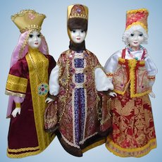 """Group of 3 Artist handmade SNOW MAIDEN Collection Russian Traditional Style XLarge 25"""" Dolls"""