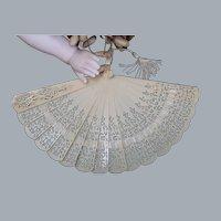Rare c1900's French fashion Poupee celluloid filigree hand fan