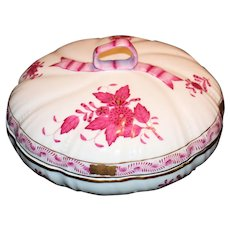 Herend Chinese Bouquet Covered Box/Dish With Ribbon Handle