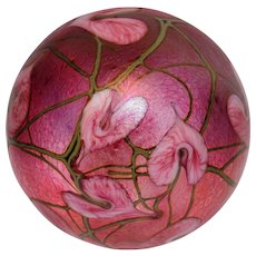 Lotton Studio Magnum Hearts and Vines Paperweight