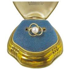 Vintage 14K Pearl Love Knot Ring