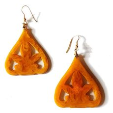 Bakelite Butterscotch and Apple Juice Marbled Earrings