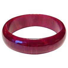 Bakelite Cherry Red Marbled Bangle Bracelet