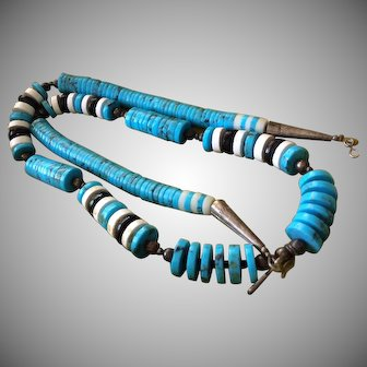 Beautiful Turquoise Stone and Silver Bead Necklace