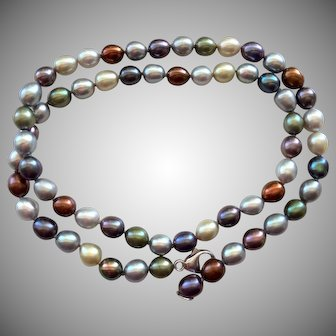 Beautiful Vibrant Multi Color Culture Pearl Necklace