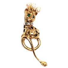 14K Yellow Gold Leopard Pin with Cultured Pearl Crown