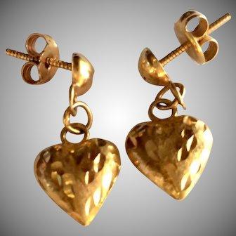 Shimmering 22Kt Yellow Gold Heart Earrings