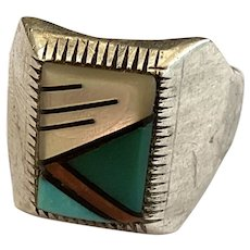 Nice Vintage Sterling Silver Ring with Inlaid Shell and Stone Sz 9