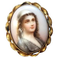 Hand Painted Portrait of Lady Pin Pendant