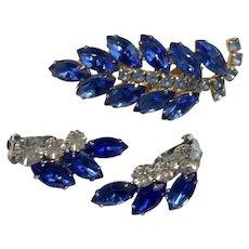 Pretty Blue Vintage Rhinestone Set Pin Earrings