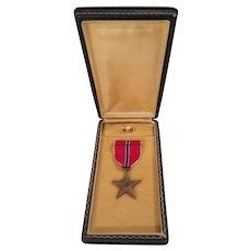 Bronze Star Medal, Ribbon Bar and Lapel pin in Original Presentation Case