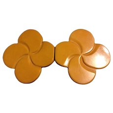 Vintage 2-Piece Butterscotch Bakelite Clover or Pinwheel Buckle