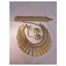 BSK Necklace Bracelet Earring Set Gold Tone