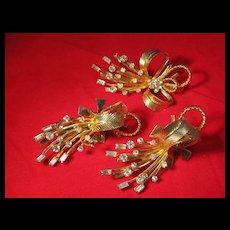 Sarah Coventry  Pin Brooch Earrings Set