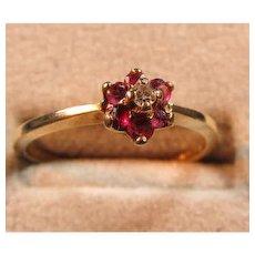 Ruby/Diamond 10 kt Gold Ring