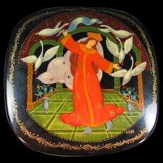 Lacquer box with allegorical Russian scene