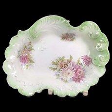 Old Foliate Form English Porcelain Bowl