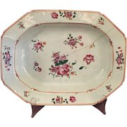 Chinese 18th Century [ Export }    Porcelain  Serving Dish