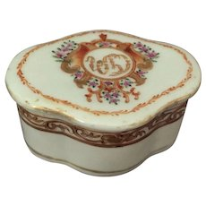 Chinese Export Armorial Porcelain Box