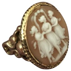 Three Graces 10K Gold Agate Ring